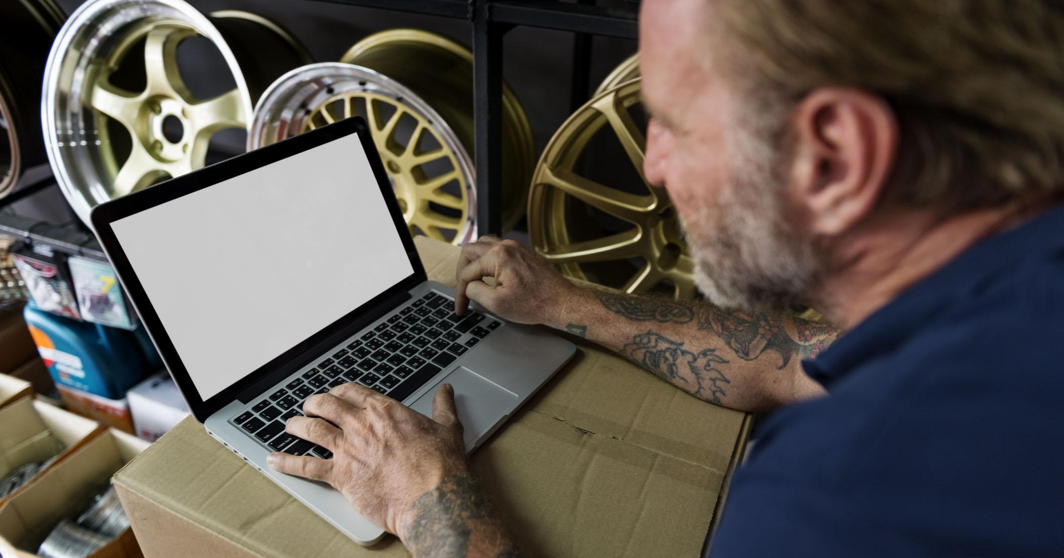 how to get customers online.jpg