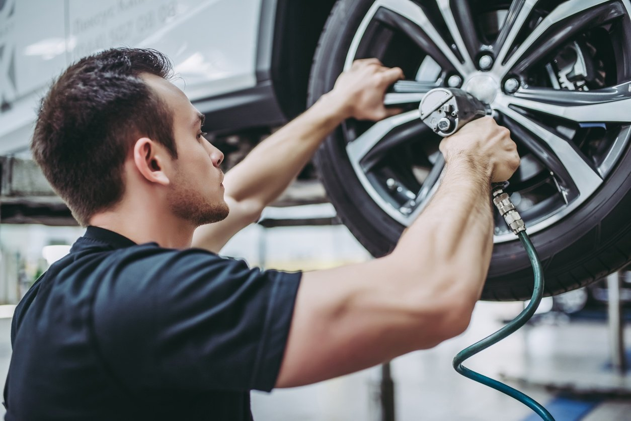 How to Start a Mechanic Shop: Beyond Service & Repairs